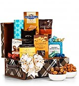 Gourmet Gift Baskets: Gourmet Nuts & Chocolate Gift Chest